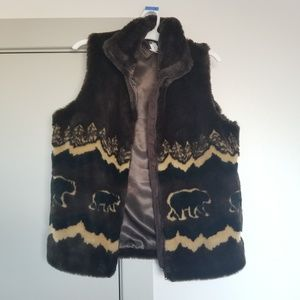 NWT Amazing thick furry vest with bears